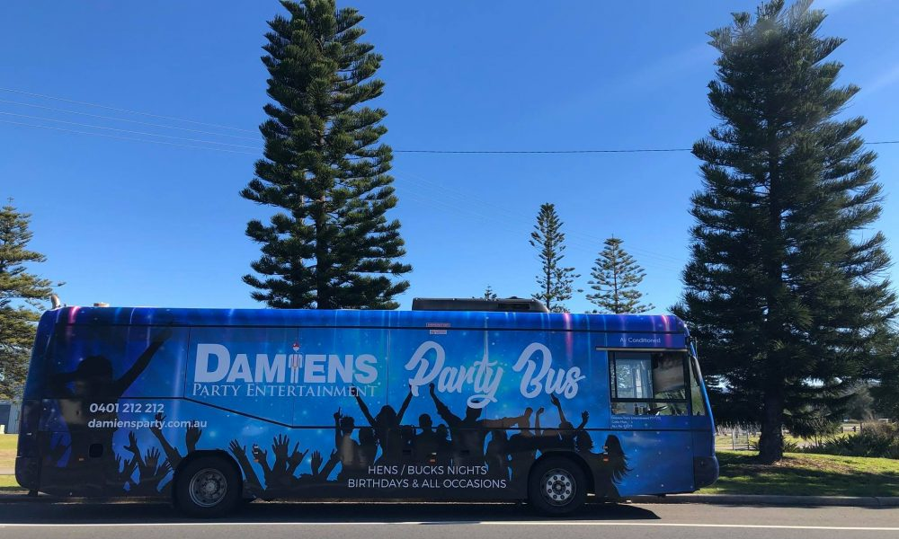 terrigal-strippers-party-bus